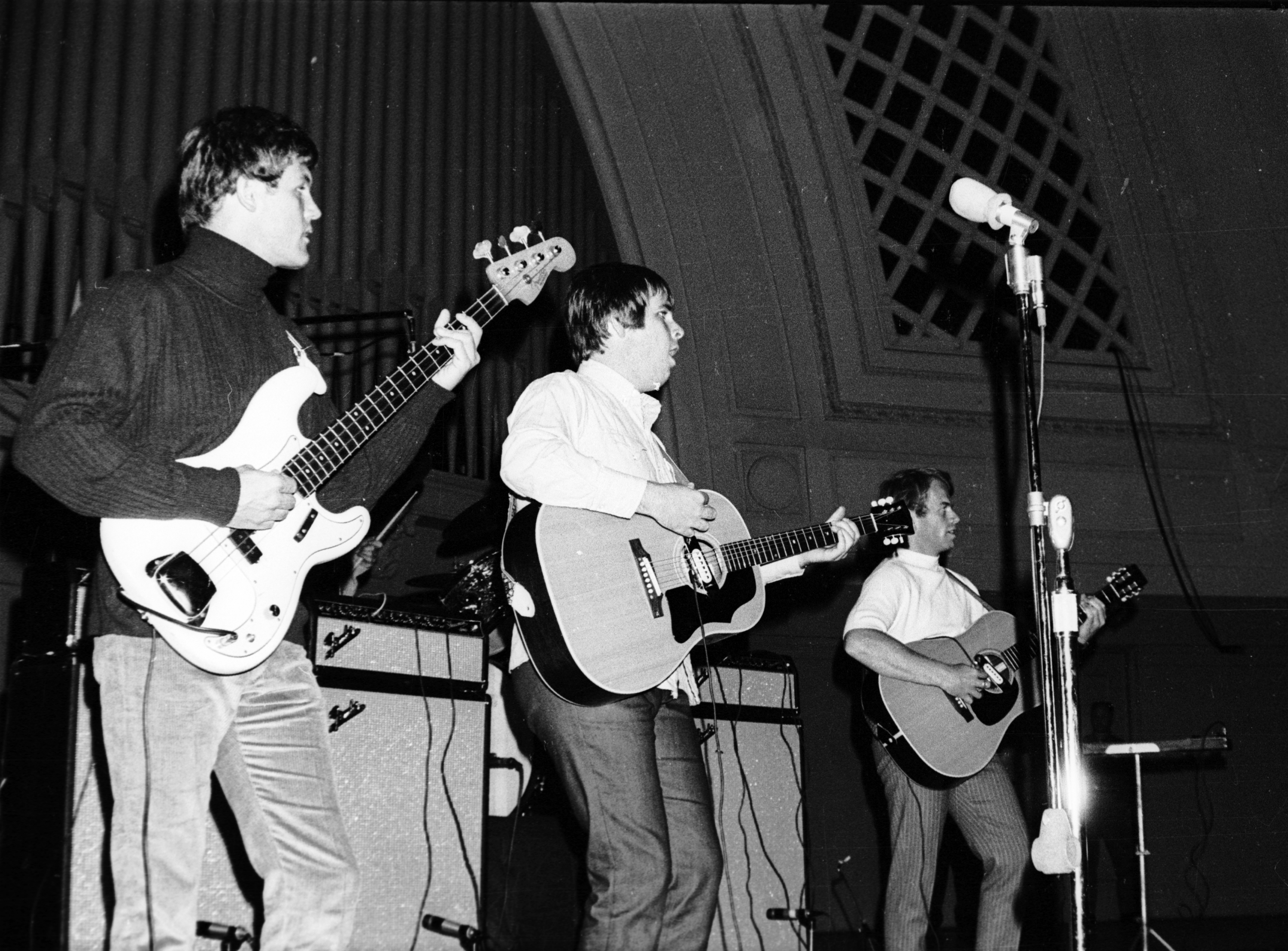 Hear The Beach Boys Perform Their Pet Sounds Clic Only Knows Live In 1966