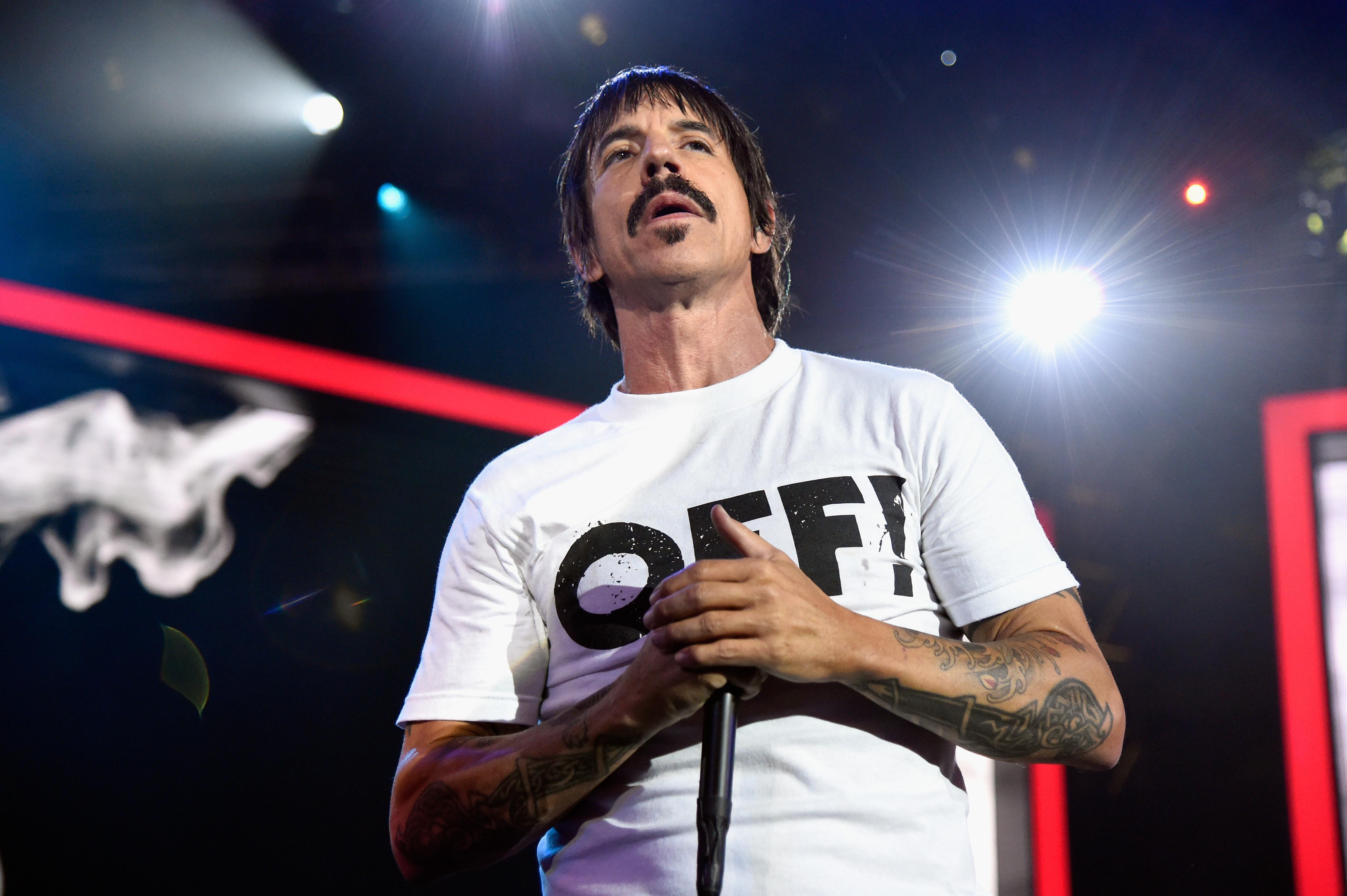 Anthony Kiedis flea
