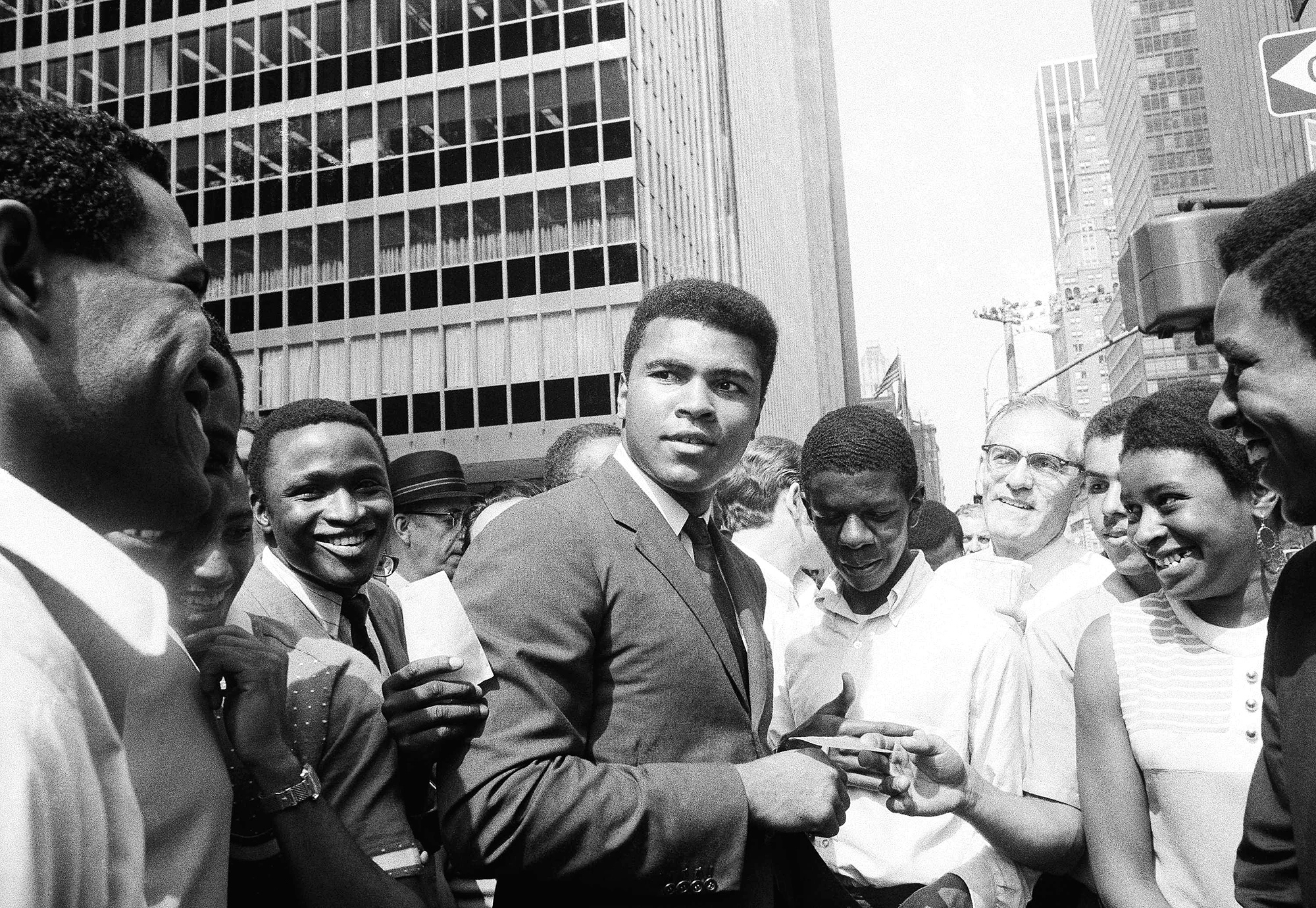 how was muhammad ali a leader