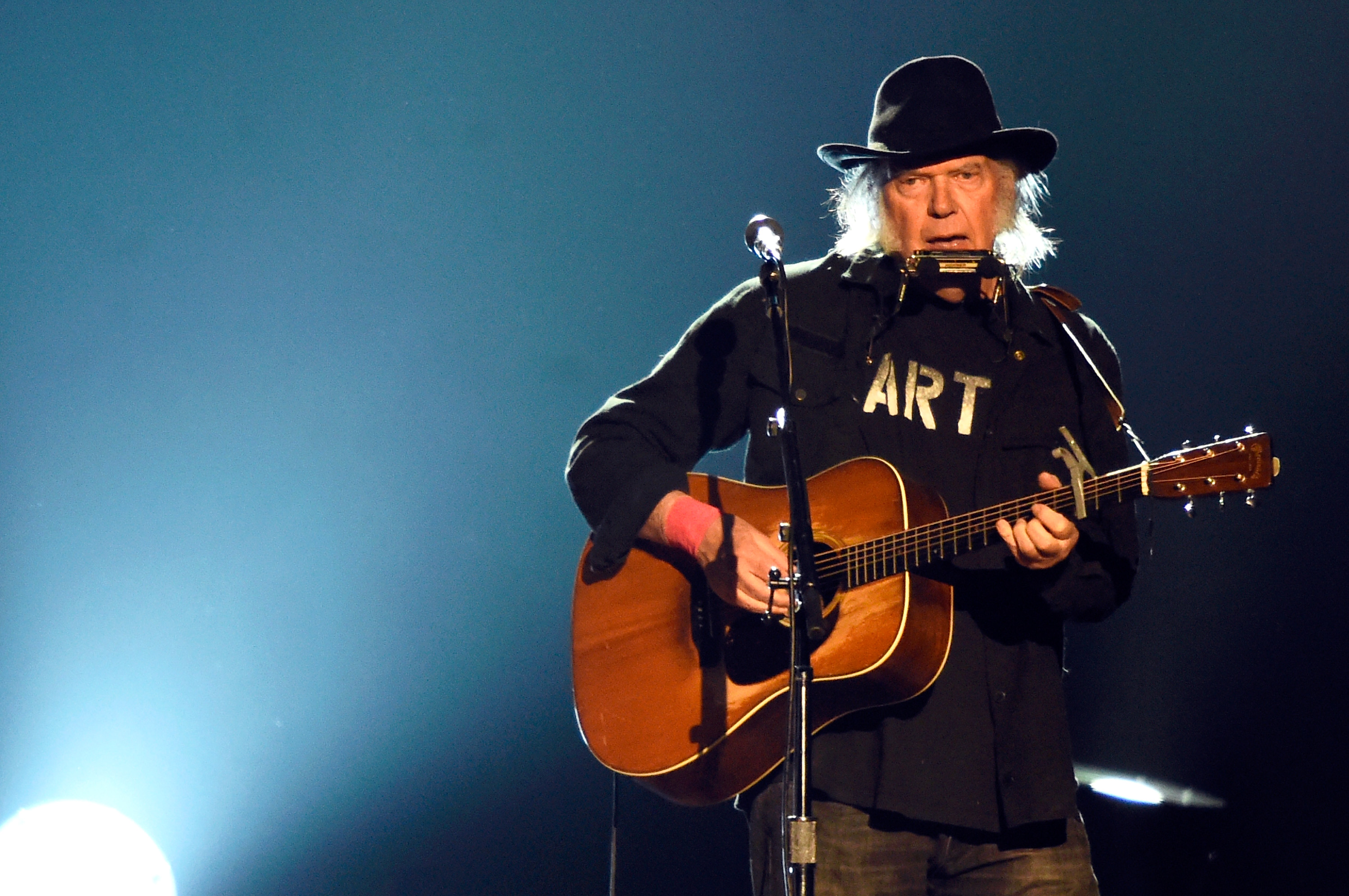 Neil Young Onstage: 'F–k You, Donald Trump'