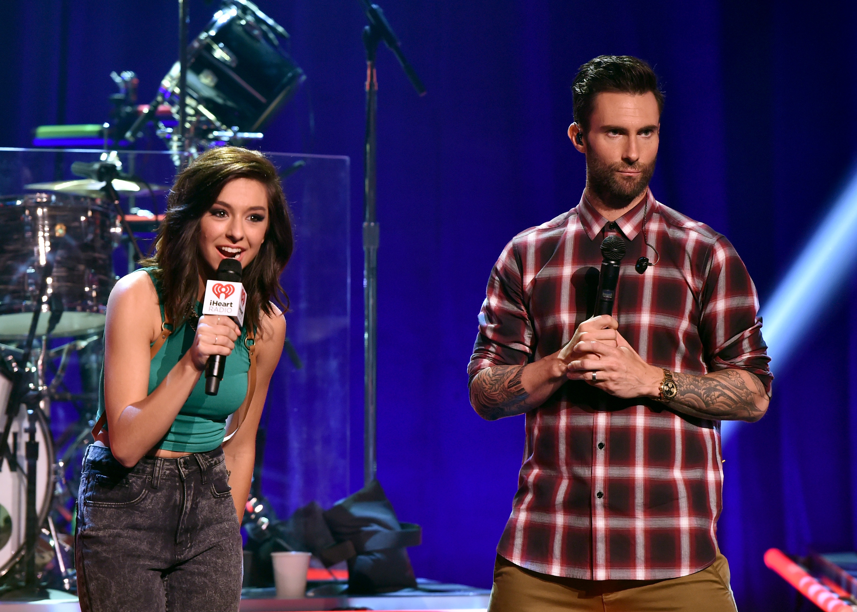 Adam levine offered to pay for christina grimmies funeral rolling adam levine christina grimmie stage together voice funeral pay m4hsunfo