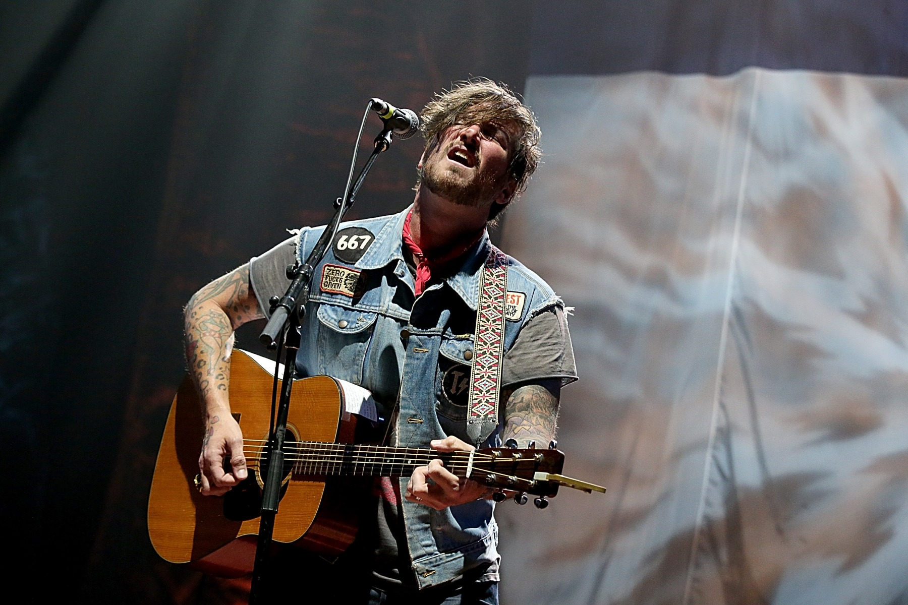 Butch Walker Why I Ll Never Make A Radiohead Album Rolling Stone I'm holding steady your restless, i'm ready i'm holding steady i'm restless, your ready i'm holding steady. https www rollingstone com music music country butch walker why ill never make a radiohead album 250960