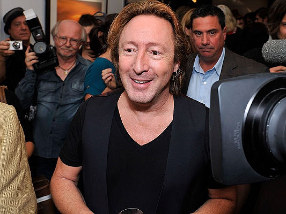 Julian Lennon S Timeless Exhibition Party Photos Art Works Rolling Stone