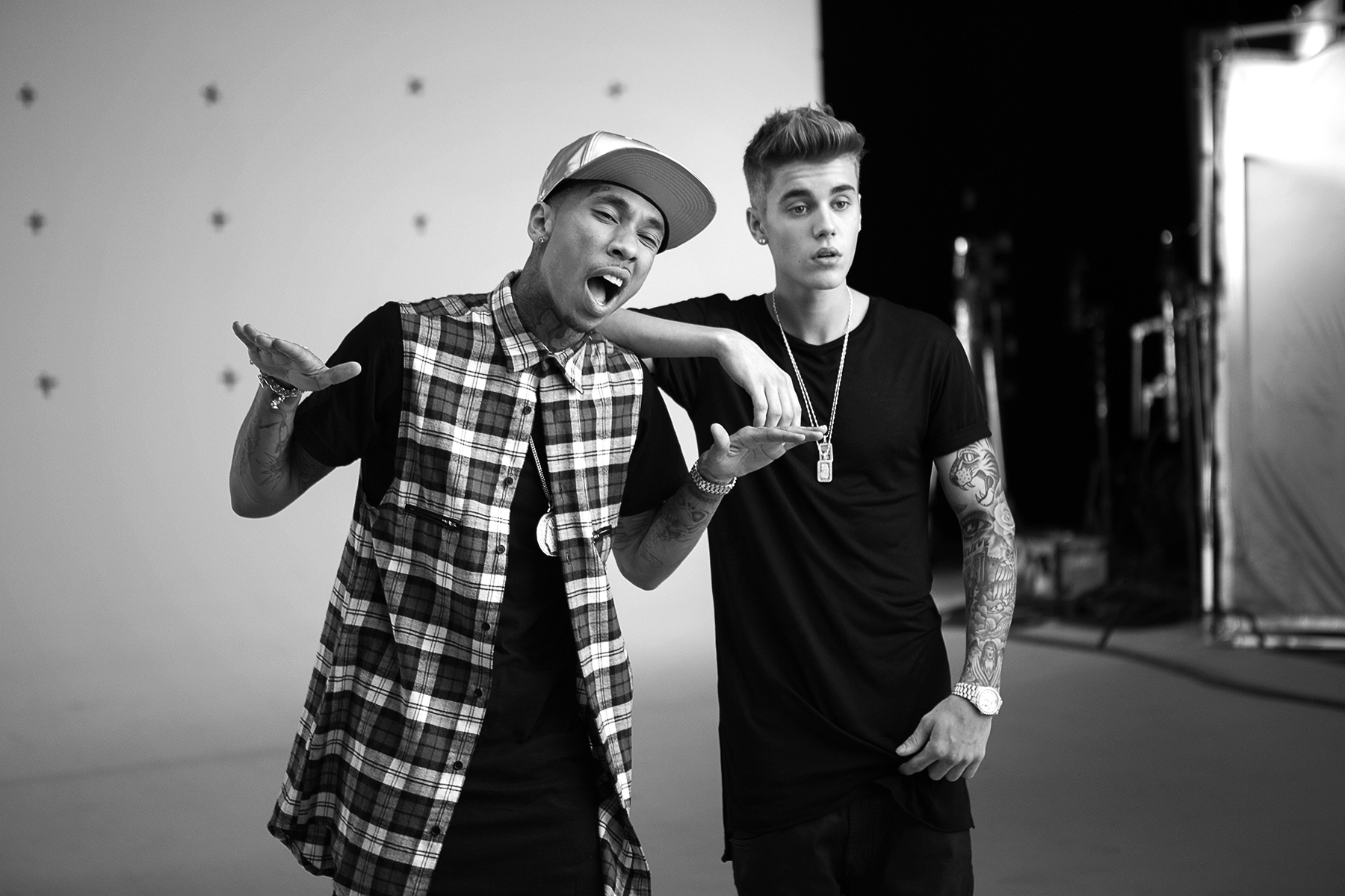 Behind the Scenes: Tyga's 'Wait for a Minute' Ft. Justin Bieber
