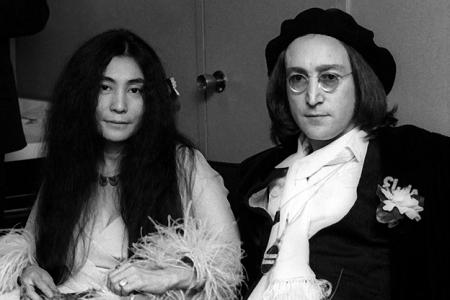 John Lennon S Long Night S Journey Into Day Pete Hamill Interview Rolling Stone