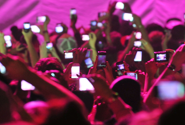 Violence and music a paper on aggressive behavior at rock concerts