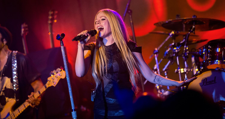 som är Avril Lavigne dating just nu som har Mary Kate Olsen dating