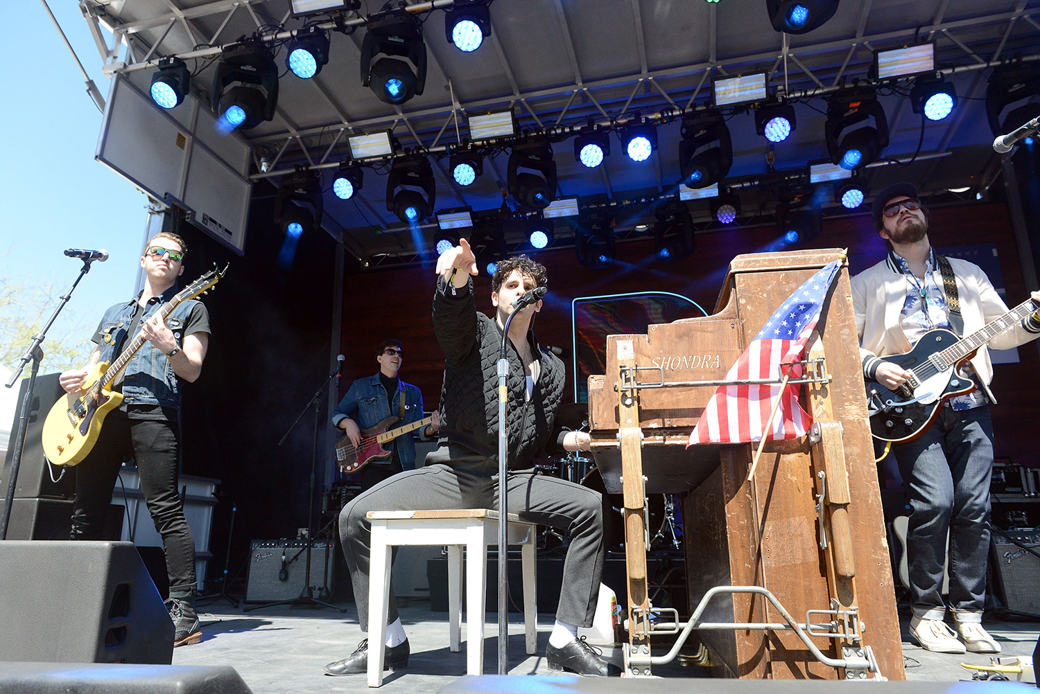 Review: Rock Revivalists Low Cut Connie Face Reality on 'Dirty Pictures'