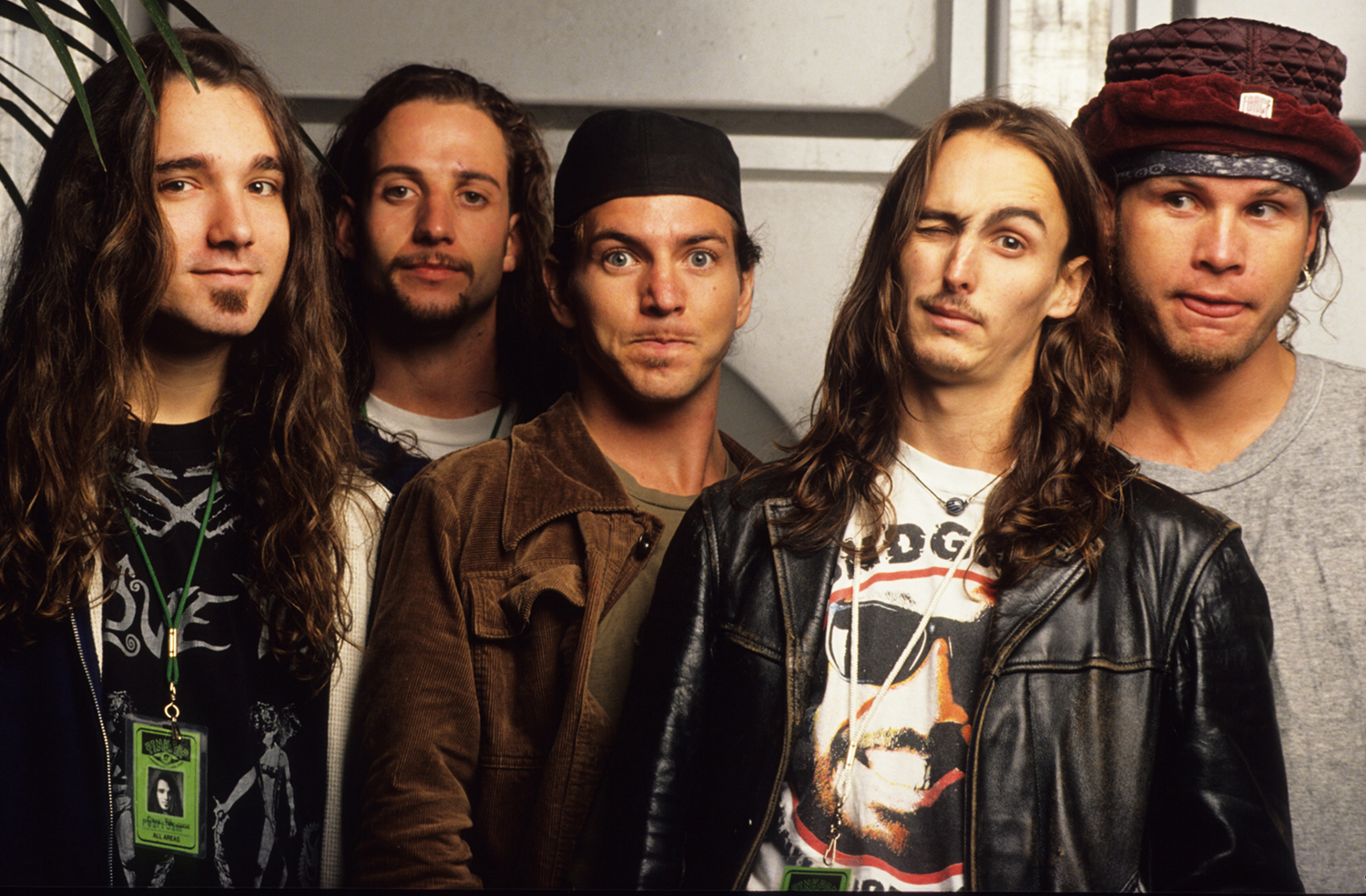 Ex-Pearl Jam Drummer Calls Out Group Over Hall of Fame Snub ...