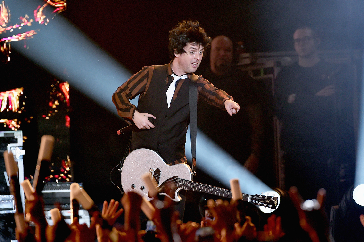 Weezer Christmas.Watch Green Day Beck Weezer Unleash Hits At Kroq Christmas