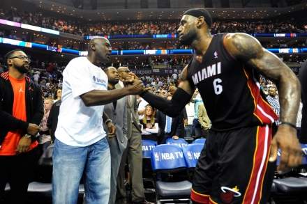 pas cher pour réduction 2fa39 8261a LeBron James Should Stop Chasing Michael Jordan – Rolling Stone