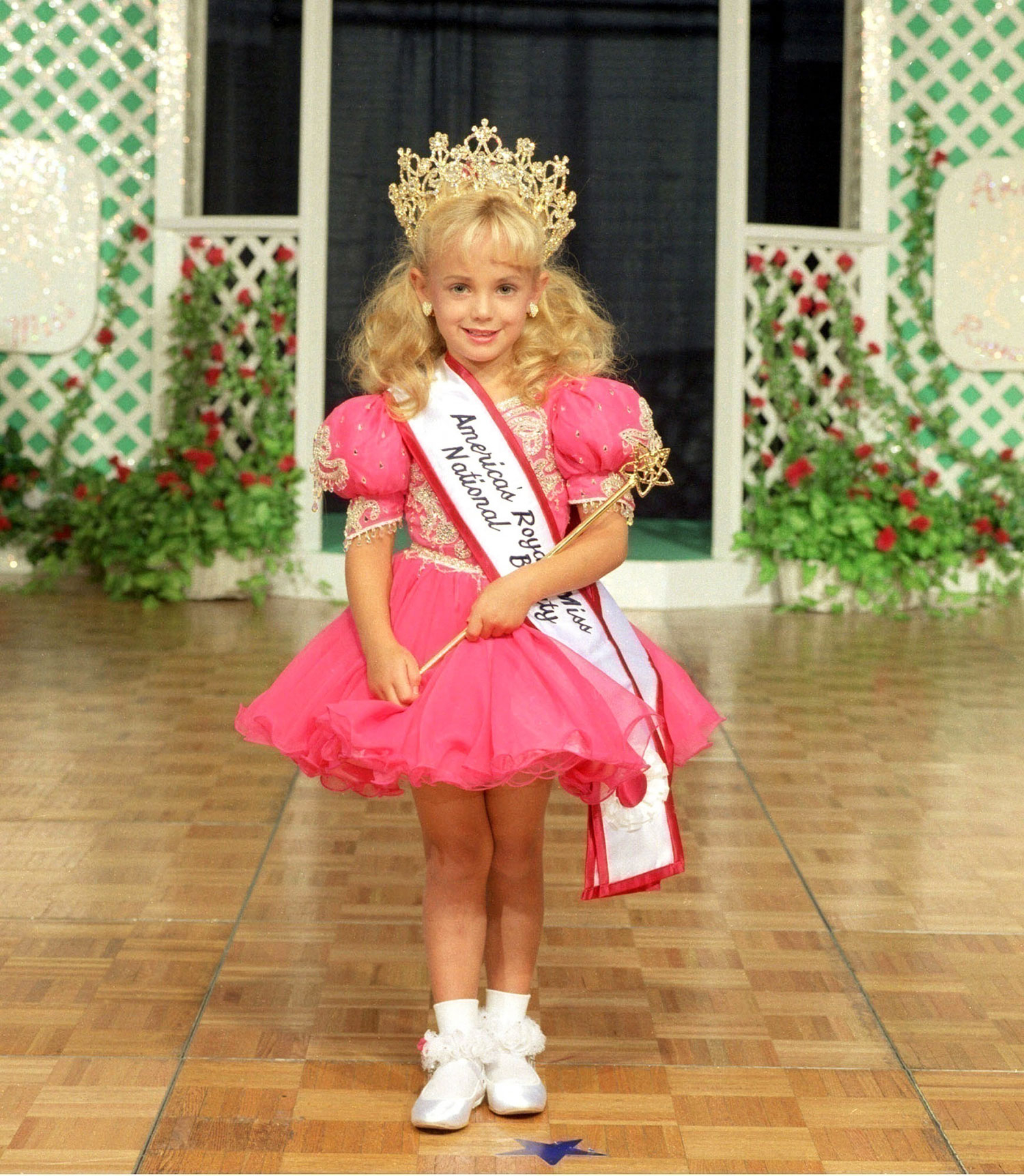 Image result for six year old jonbenet ramsey found dead