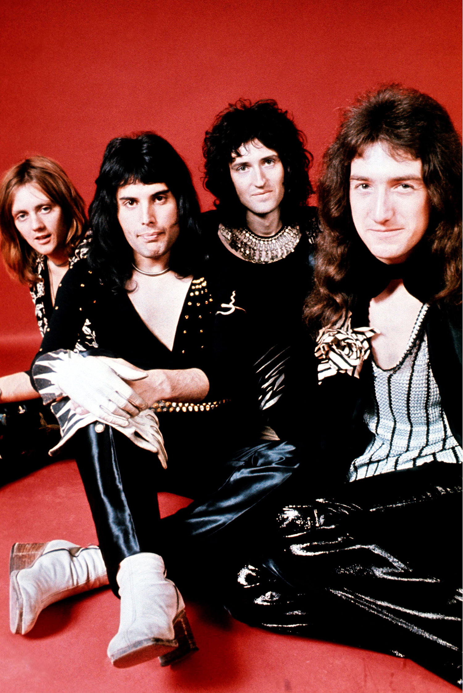 Hear Queen's 'Fast Version' of 'We Will Rock You' From 1977 – Rolling Stone