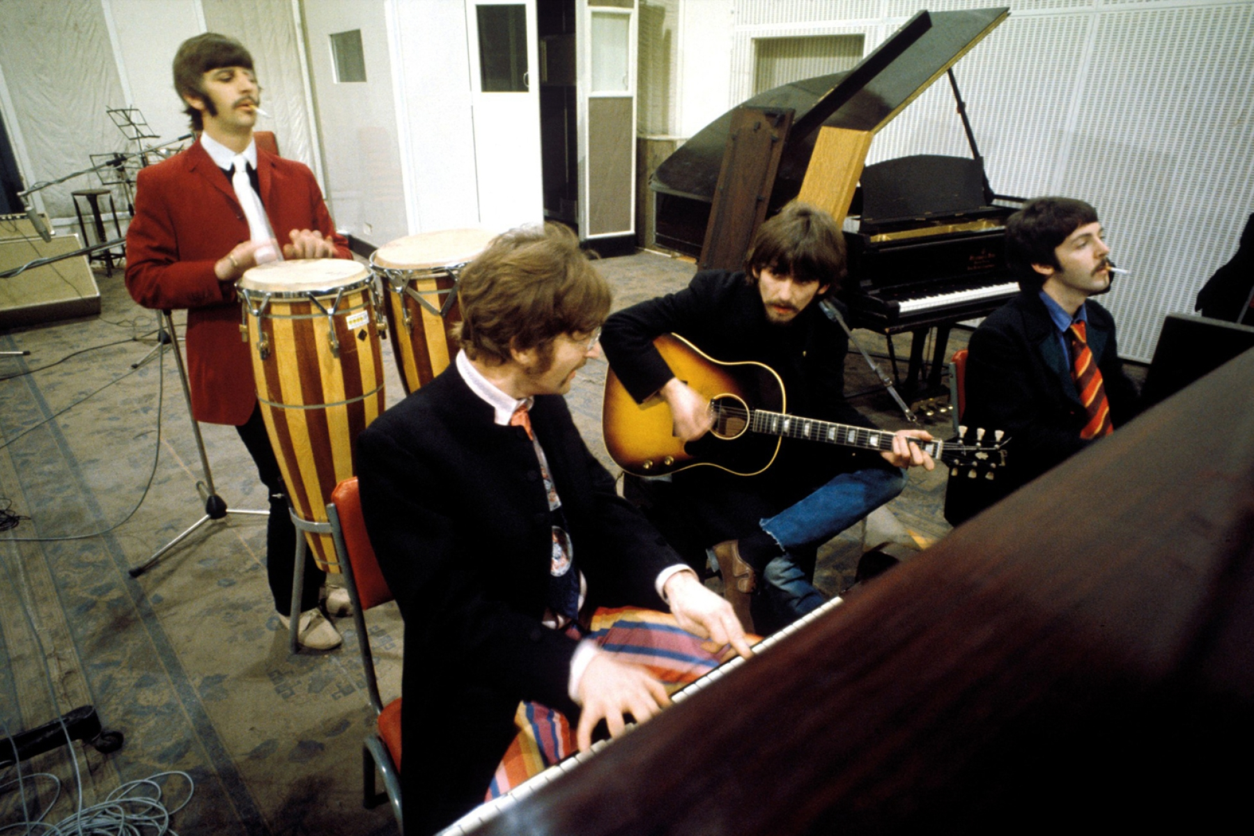Inside the Making of the Beatles' 'Sgt. Pepper' - Rolling Stone