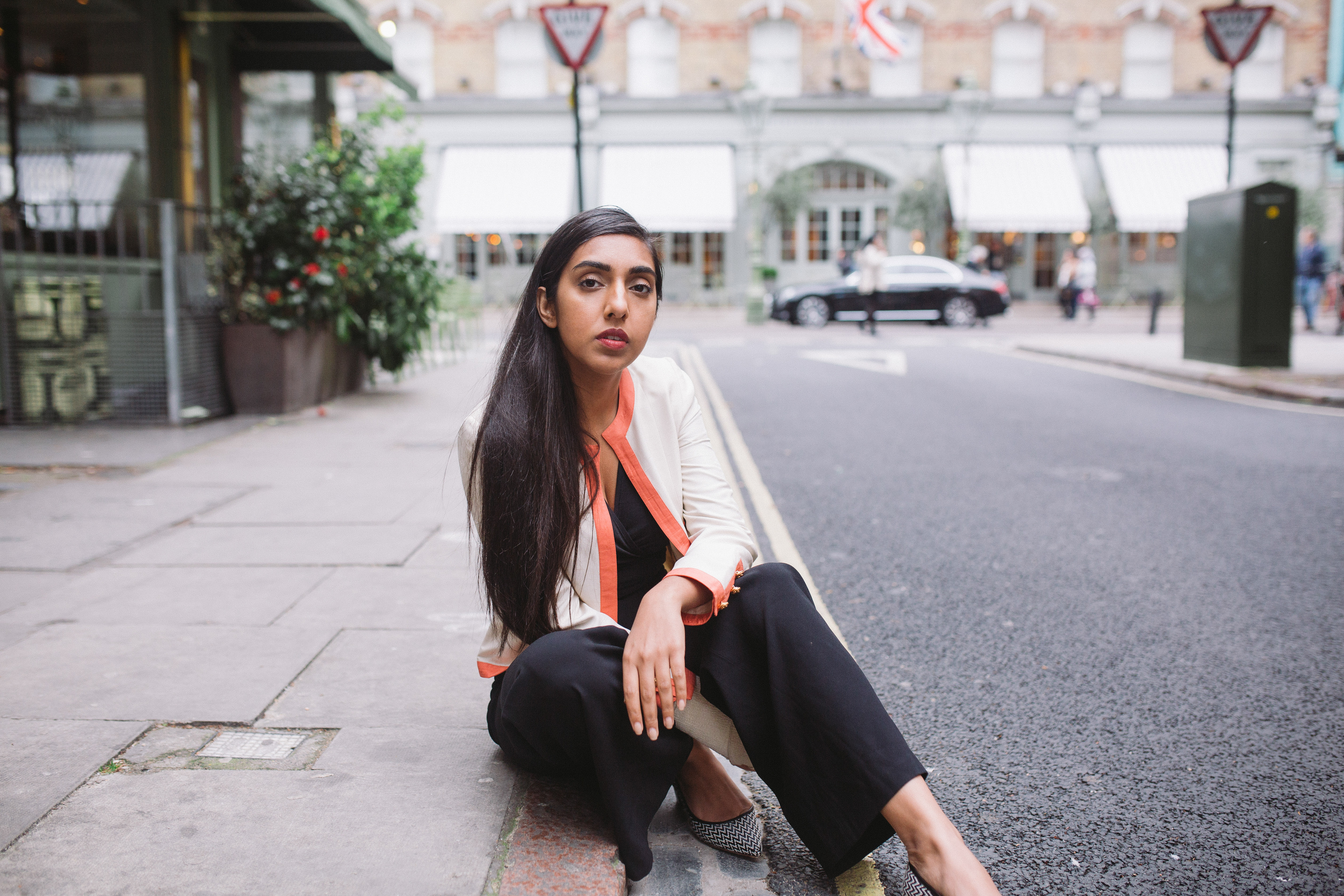 Rupi Kaur profile instagram poetry read ee64fc3e244a