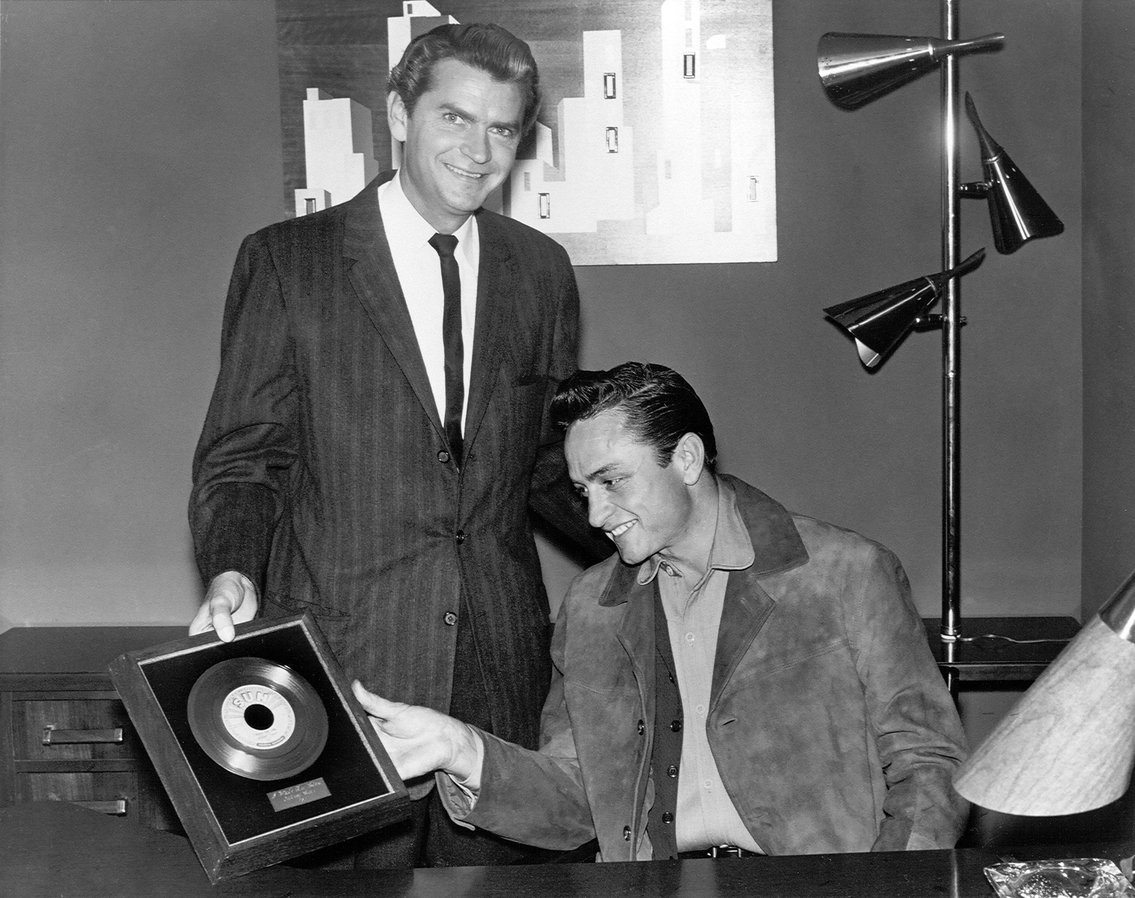 Johnny Cash I Walk The Line Gold Record Unveiled At Museum