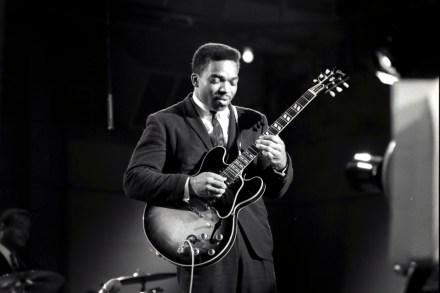Blues Brothers Guitarist Matt 'Guitar' Murphy Dead at 88 – Rolling Stone