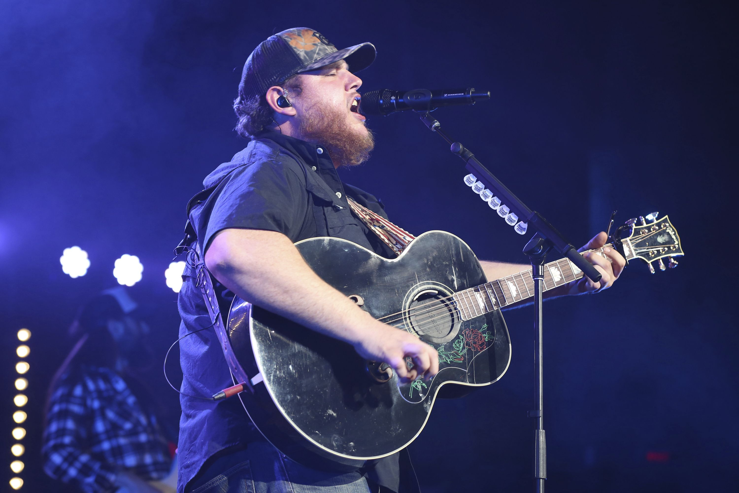 Luke Combs' New Song 'Beautiful Crazy' – Rolling Stone