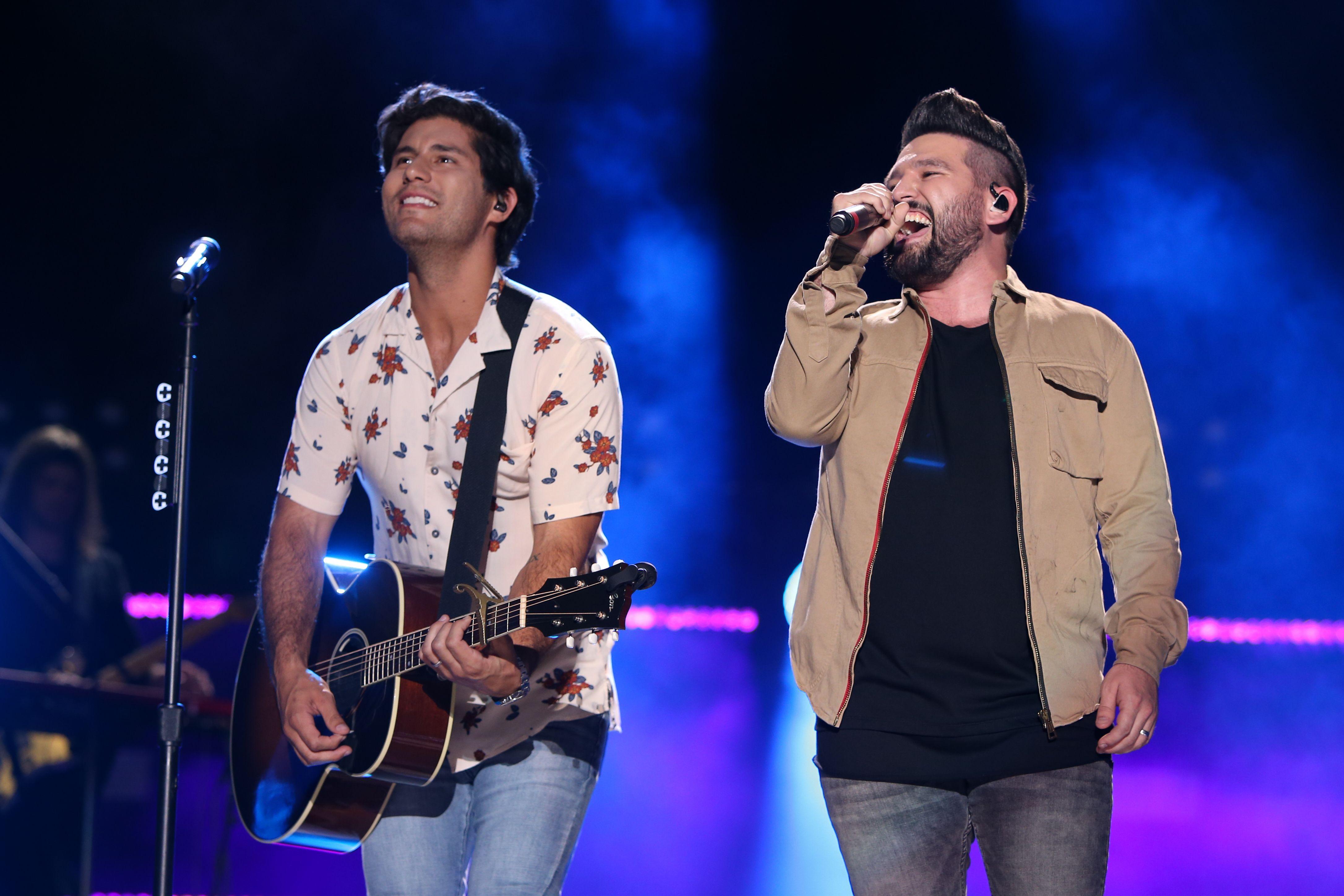 Hear Dan and Shay, Kelly Clarkson's Duet 'Keeping Score