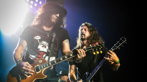Dave Grohl's Guest List: 21 Amazing Musical Cameos – Rolling