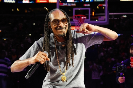 Snoop Dogg Previews New EP With 'Make America Crip Again' Song