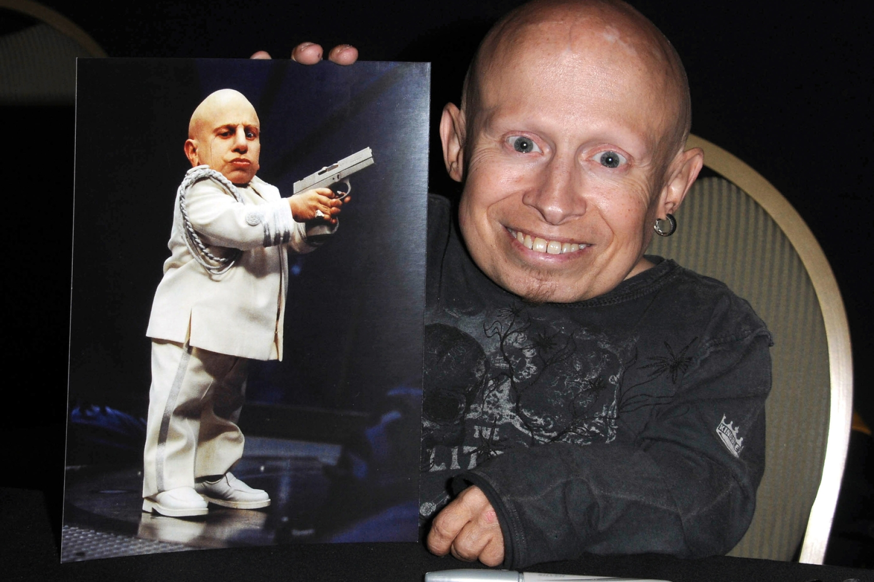 Verne Troyer, Mini-Me in 'Austin Powers' Series, Dead at 49 - Rolling Stone