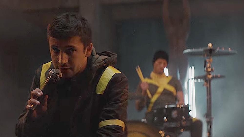 Watch Twenty One Pilots' Ominous 'Nico and the Niners' Video