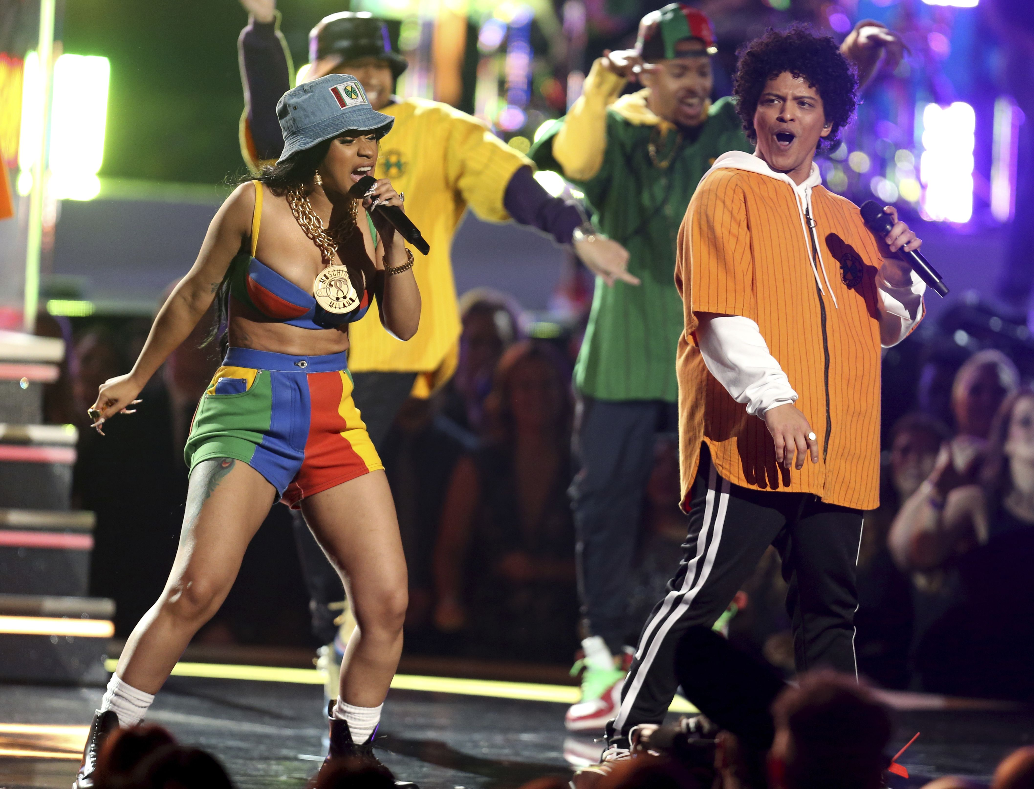 6771b9f364b2 Cardi B Pulls Out of Bruno Mars Tour   I m Not Ready to Leave My ...
