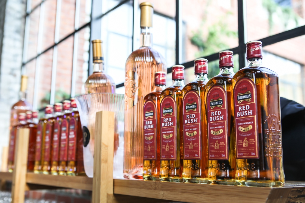 Bushmills Irish Whiskey and Urban Provence rosé provided guests with summer beverages throughout the night