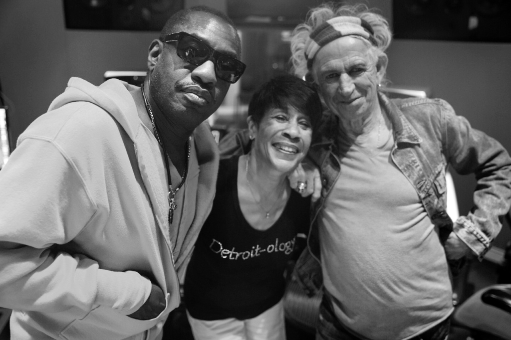 Bettye Lavette (center) with Steve Jordan and Keith Richards.