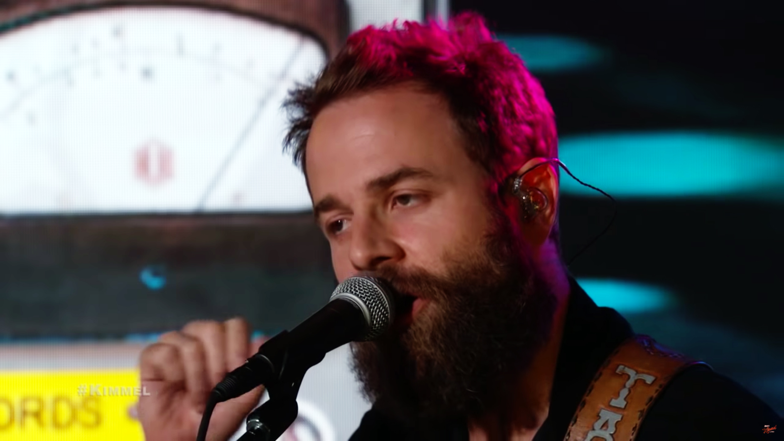 Dawes Bring Bluesy New Songs 'Living in the Future,' 'Crack