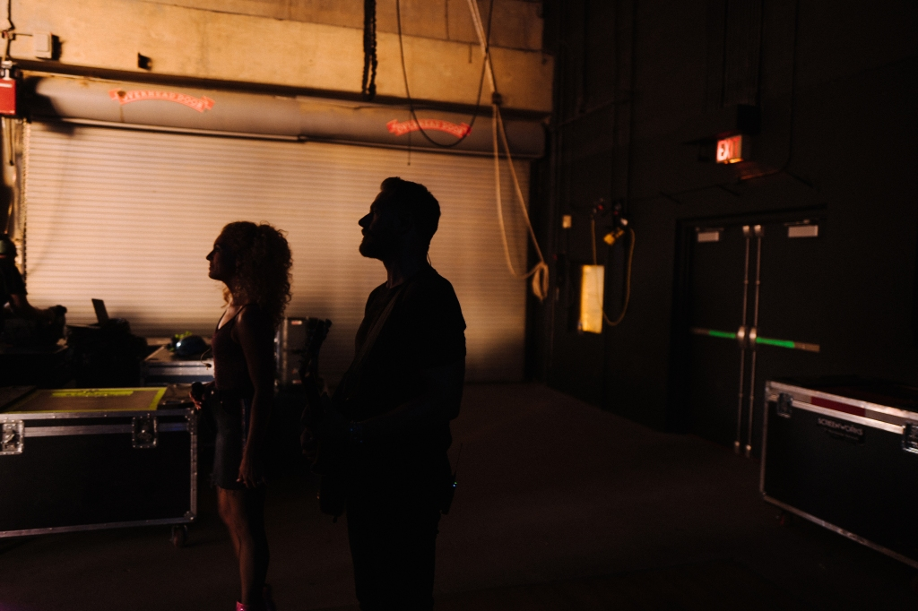Kimberly Schlapman and Jimi Westbrook prepare to take the stage in Cincinnati.