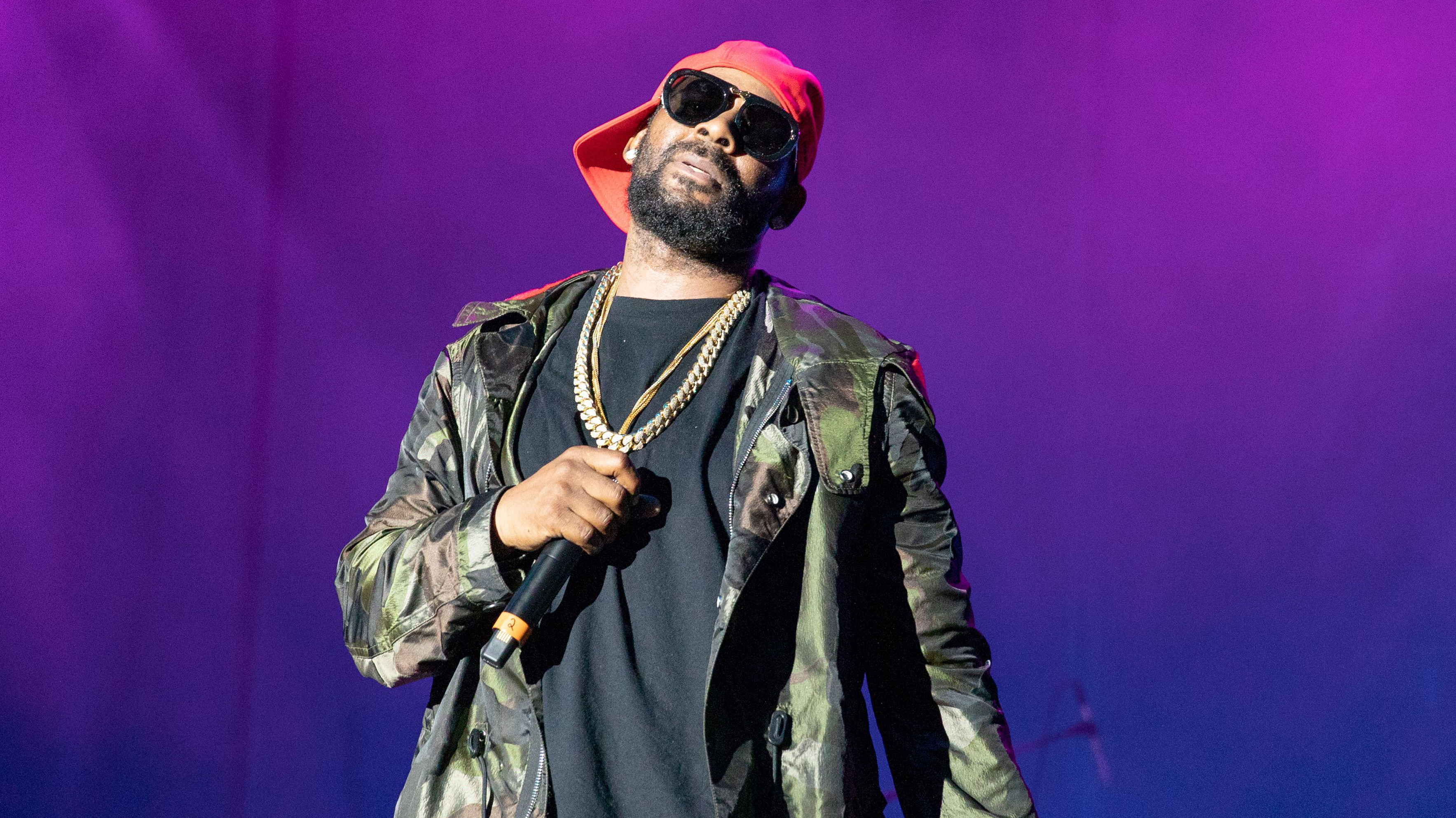 R. Kelly Addresses Sex Cult Allegations, Spotify Ban on 19 ...