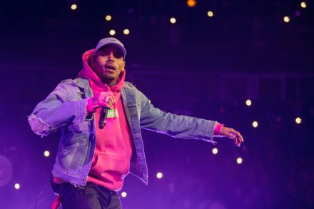 Chris Brown Arrested on Felony Battery Warrant in Florida