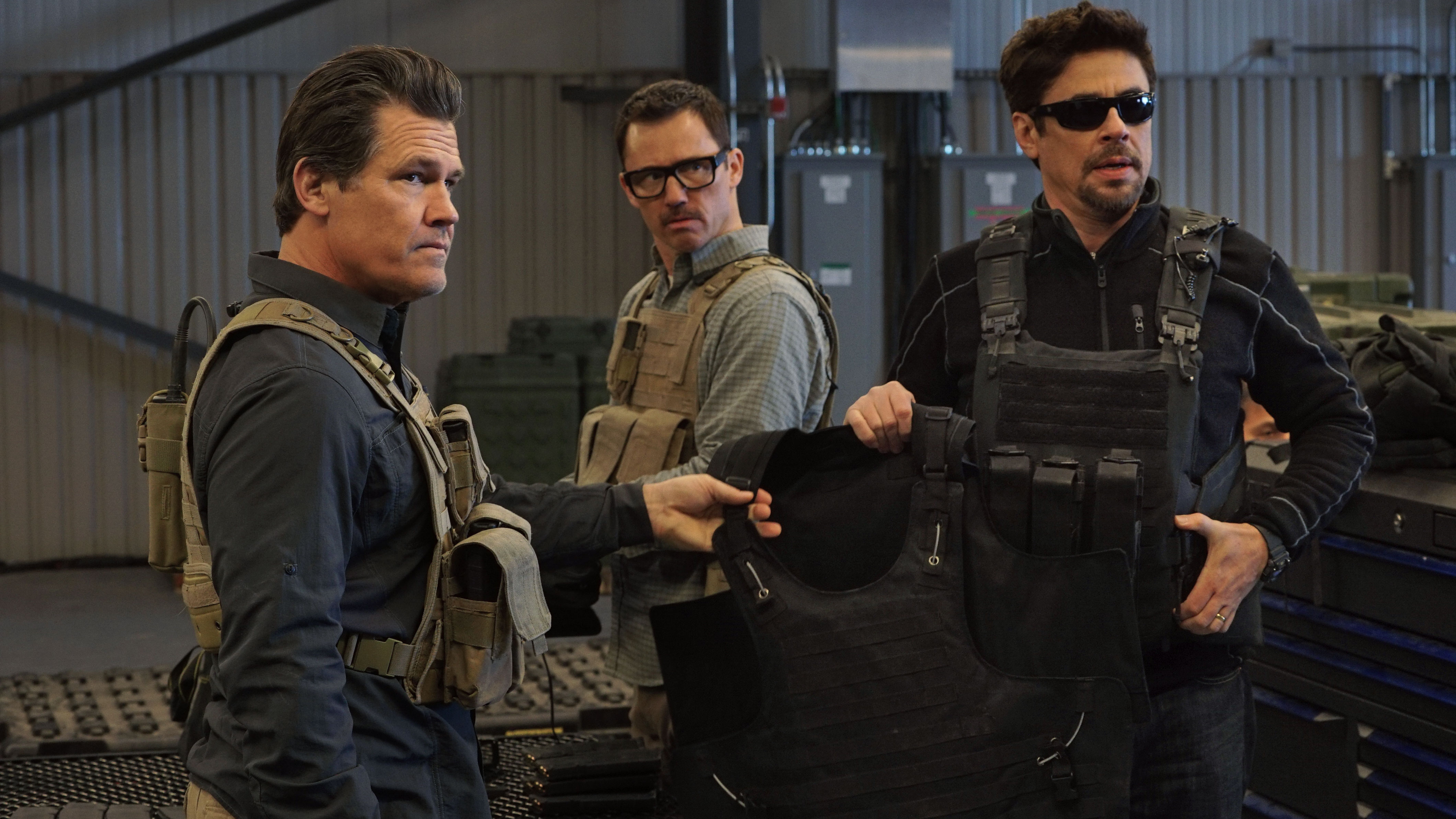 Sicario: Day of the Soldado\' Movie Review: More Carnage, Less ...