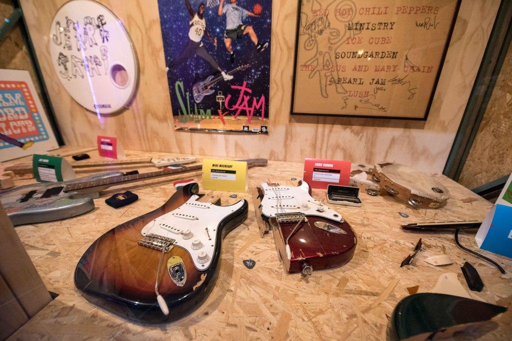 Instruments destroyed byAment, McCready, Gossard and Vedder