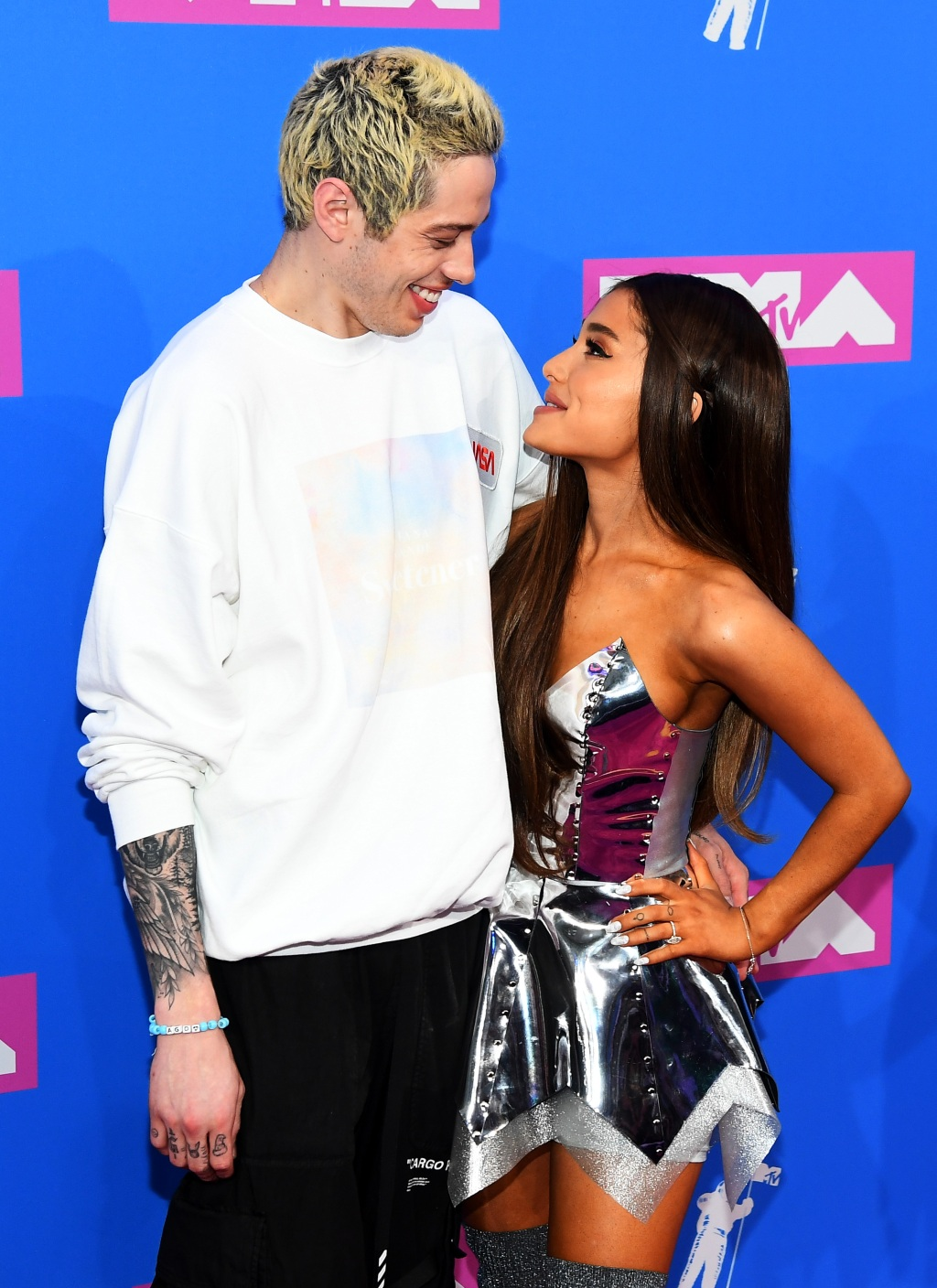 Pete Davison and Ariana Grande attend the 2018 MTV Video Music Awards at Radio City Music Hall on August 20, 2018 in New York City. (Photo by Nicholas Hunt/Getty Images for MTV)