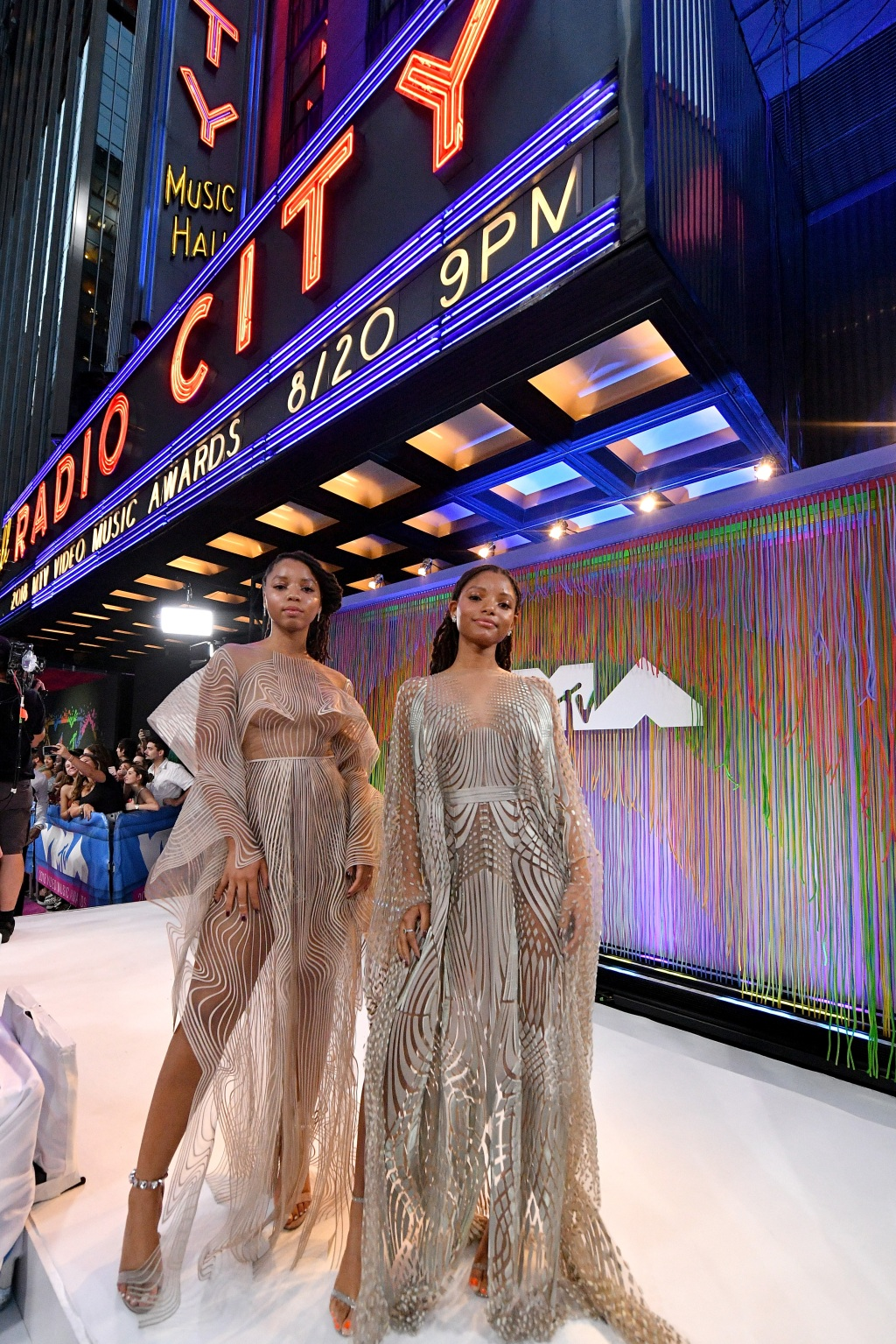 Chloe X Halle attend the 2018 MTV Video Music Awards at Radio City Music Hall on August 20, 2018 in New York City. (Photo by Dia Dipasupil/Getty Images for MTV)