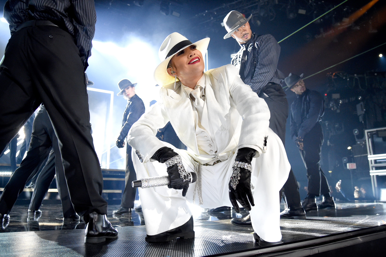 1906b0c2cf LAS VEGAS, NV - MAY 20: Recording artist Jennifer Lopez performs onstage at  the