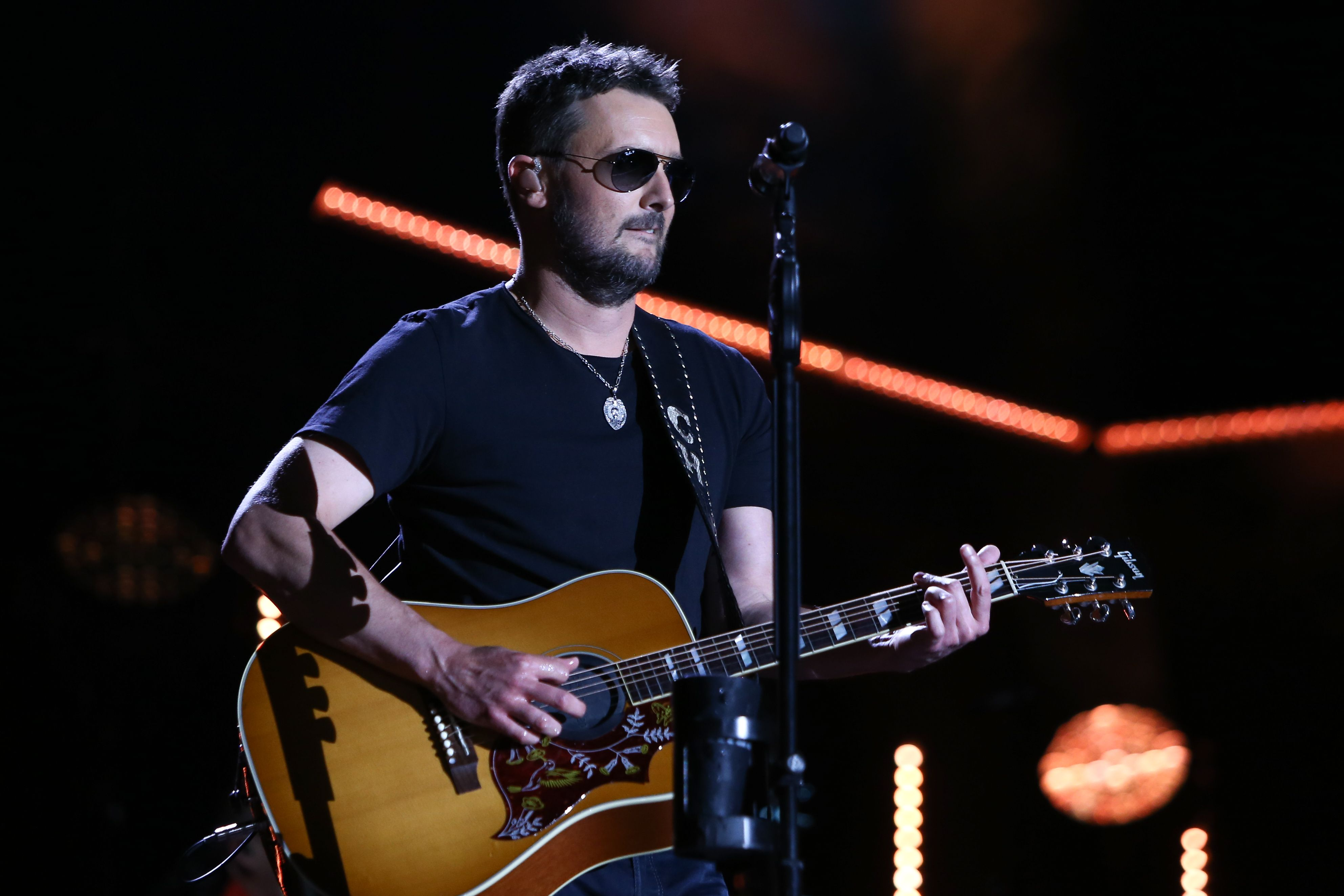 Eric Church Performs Live Debut Of Heart Like A Wheel Rolling Stone