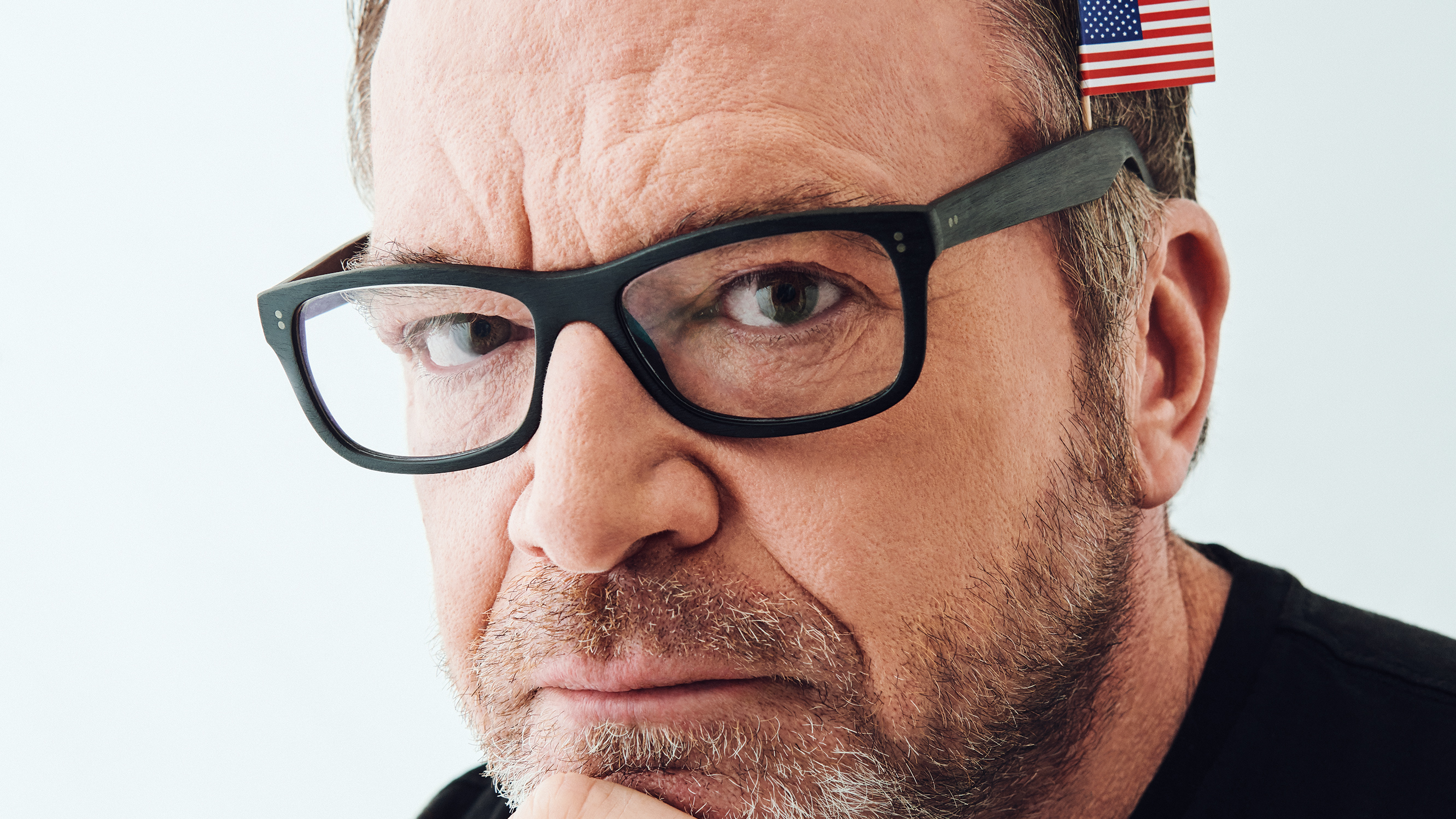 b22d28503d7e Inside Tom Arnold s Manic Quest to Take Down Trump – Rolling Stone