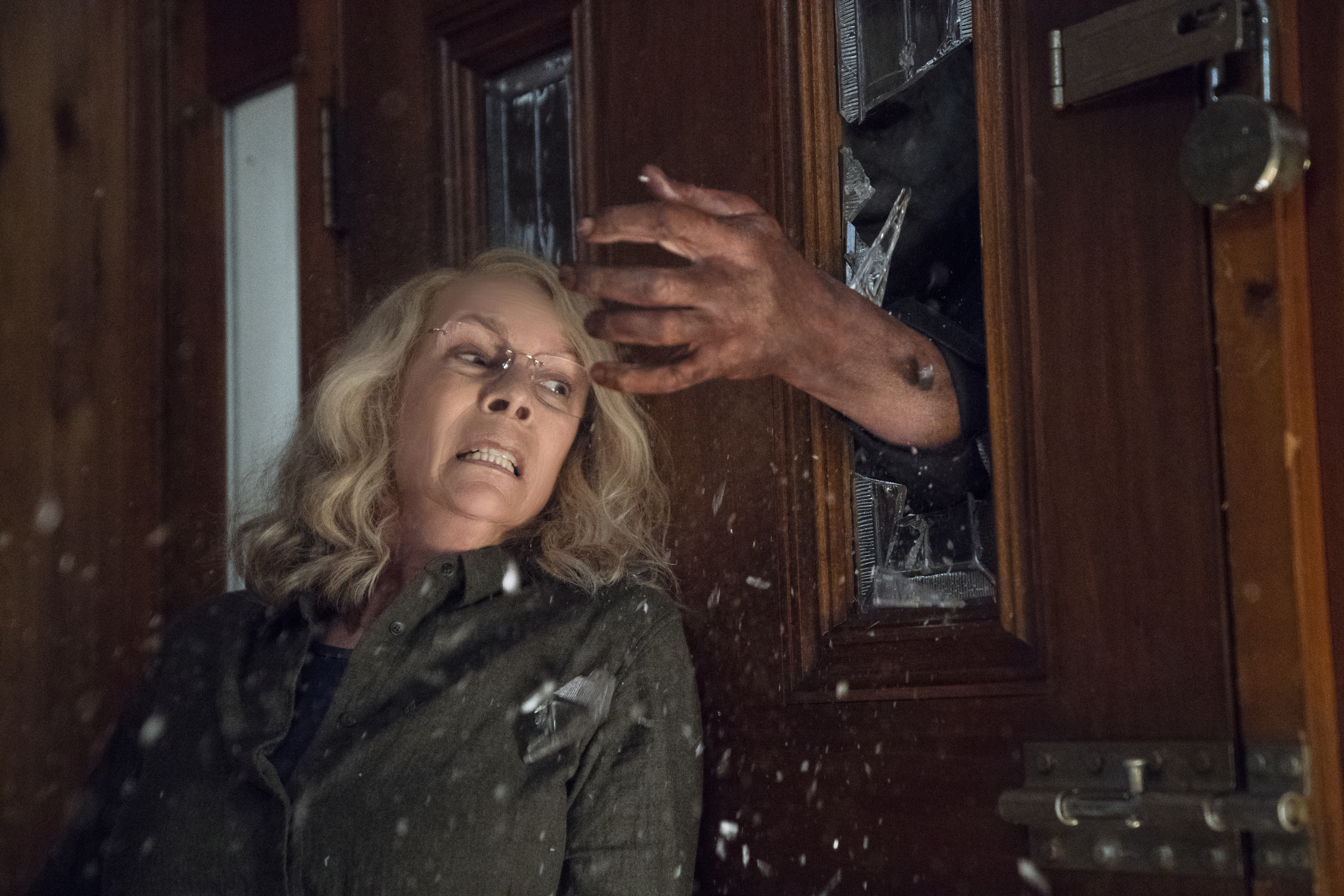 michael myers terrorizes trick-or-treaters in new 'halloween