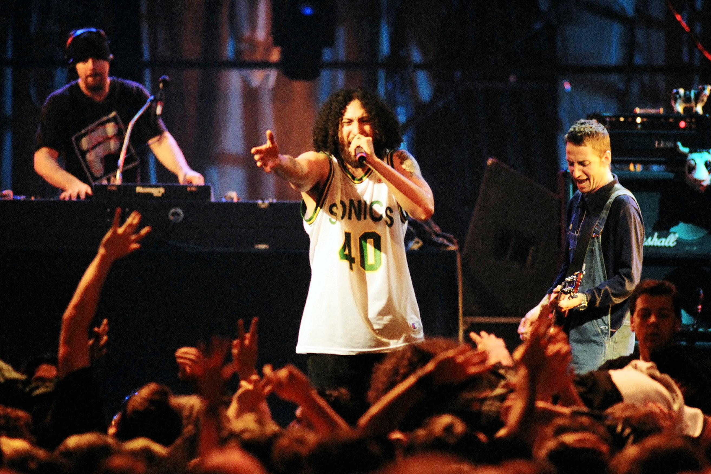 Free Fallin Falling Rip Heart Tom Petty Concert Black Basic Tank Top