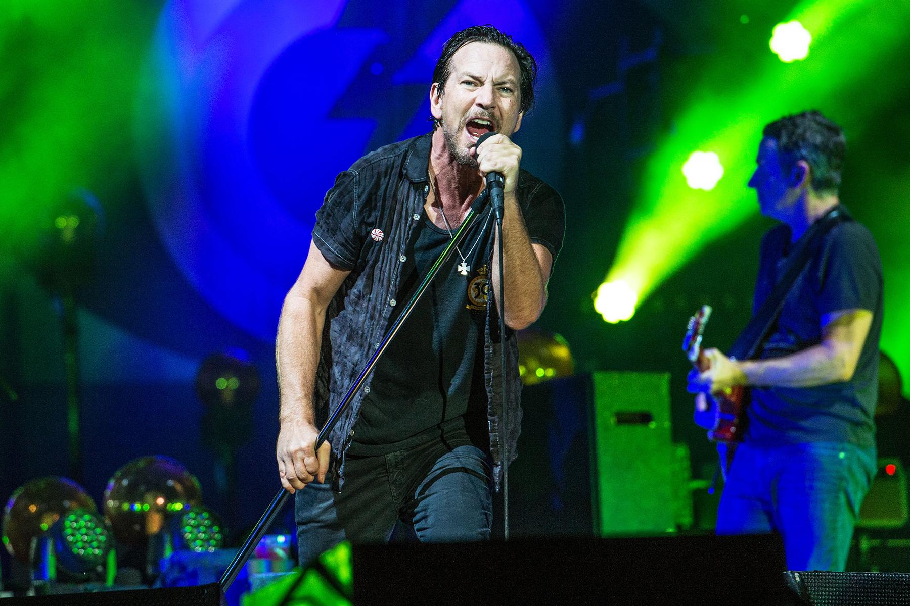 Pearl Jam's Best Bootlegs: The Ultimate Guide
