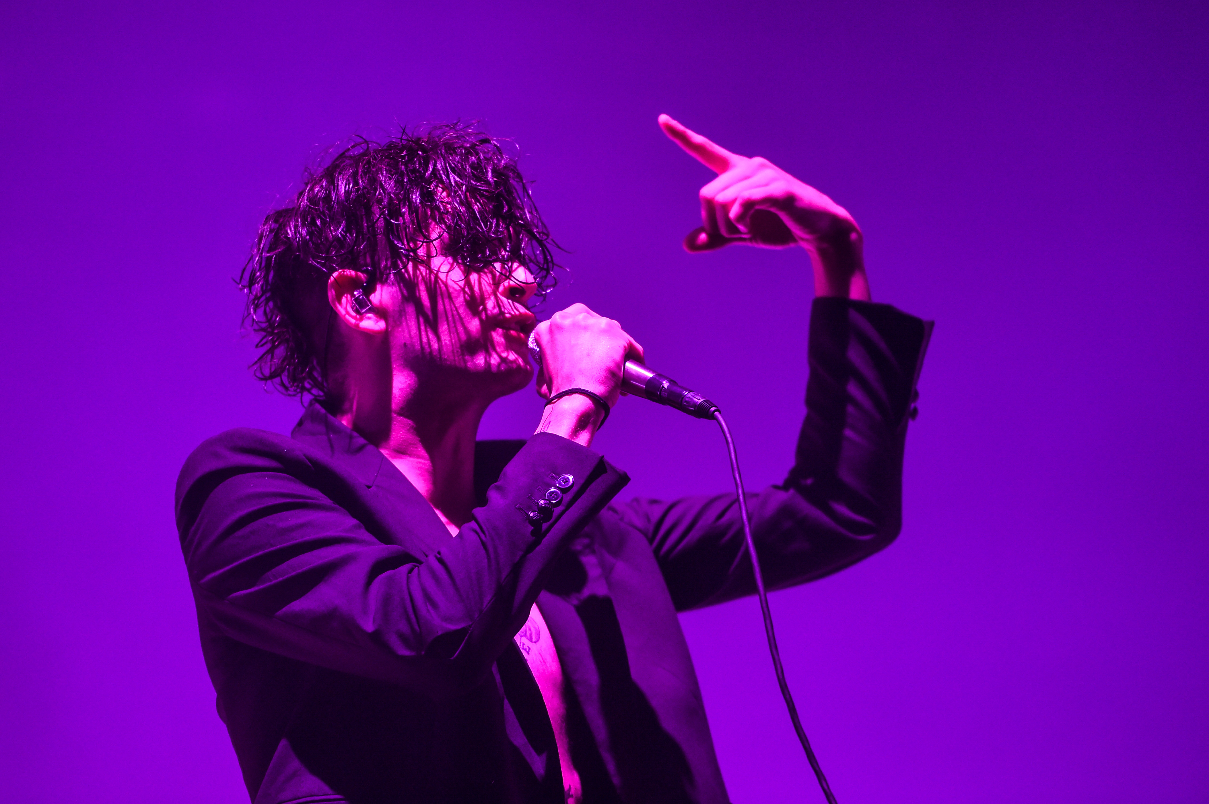 The 1975 Detail New Lp A Brief Inquiry Into Online Relationships