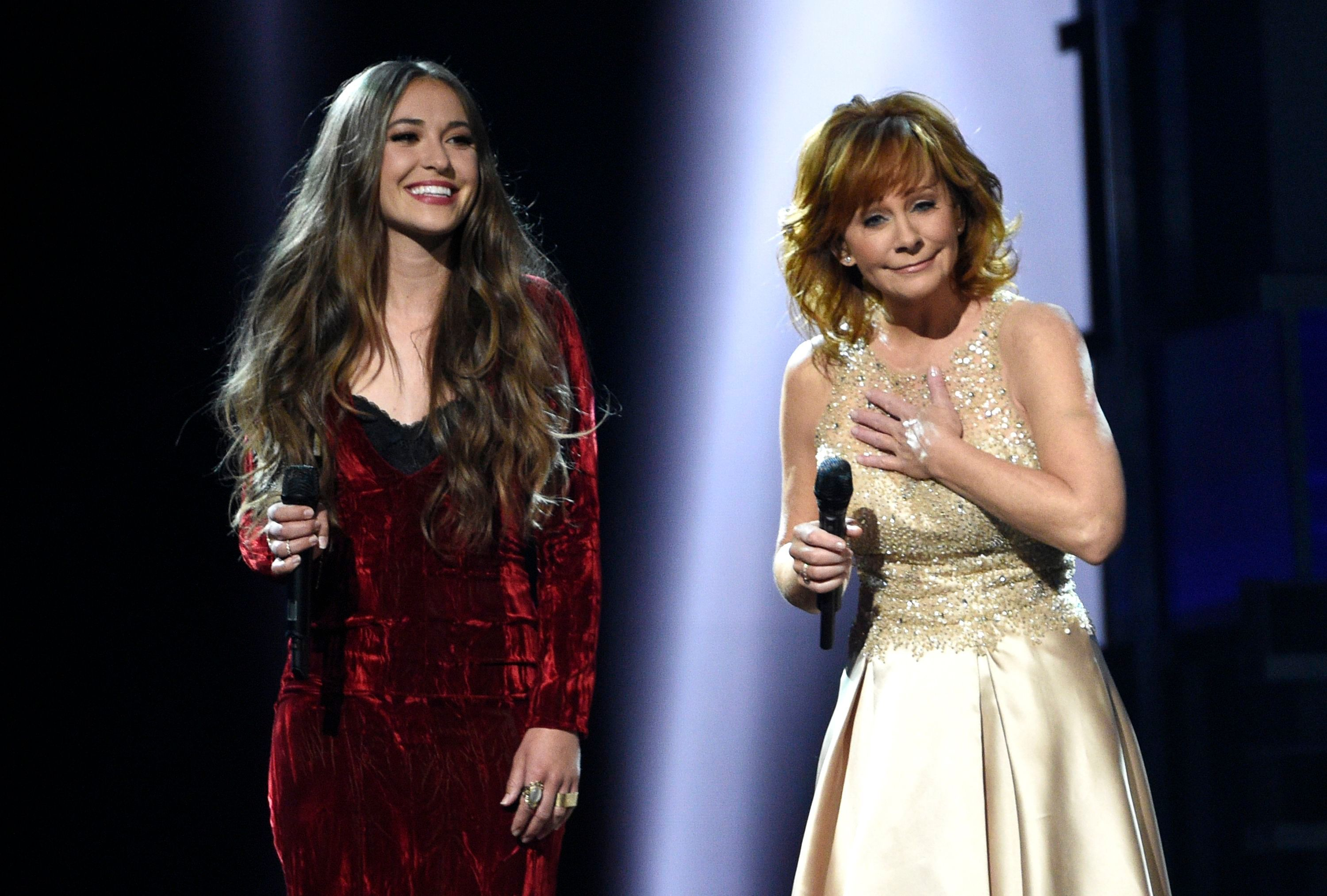 Flashback: Lauren Daigle, Reba McEntire Sing 'Back To God ...