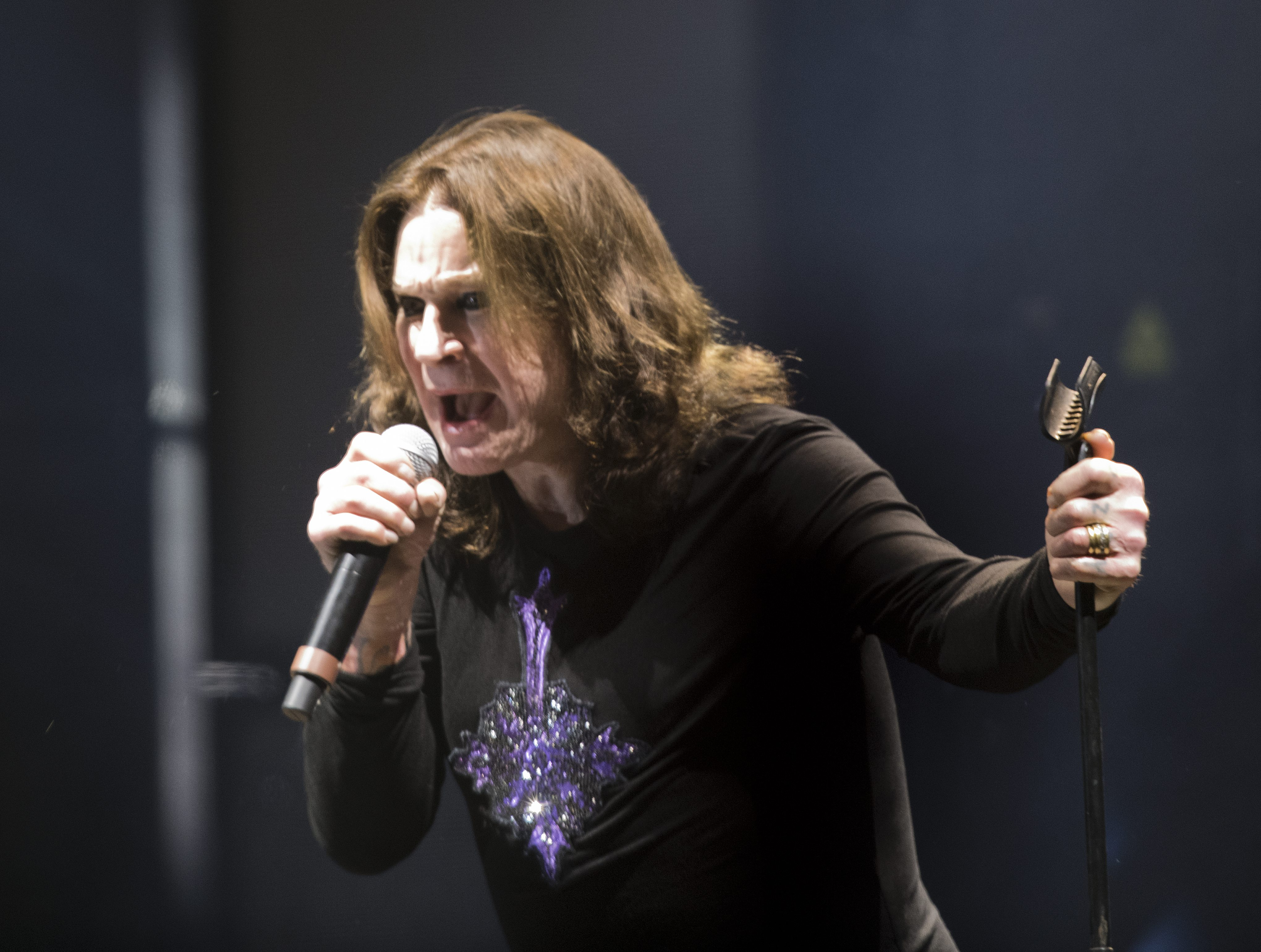 OZZY OSBOURNE Sues AEG Concert Promoter For Blackmail