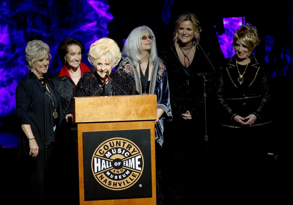Connie Smith, Trisha Yearwood, Emmylou Harris, Country Music Hall of Fame