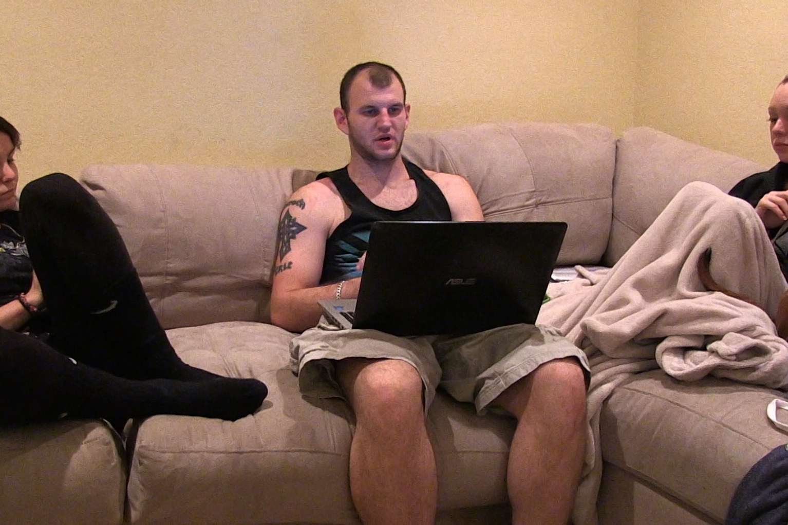 amateur-pornography-lawsuits-xtube-deep-throat-swollowing-blow-jobs-caught-on-spy-cam