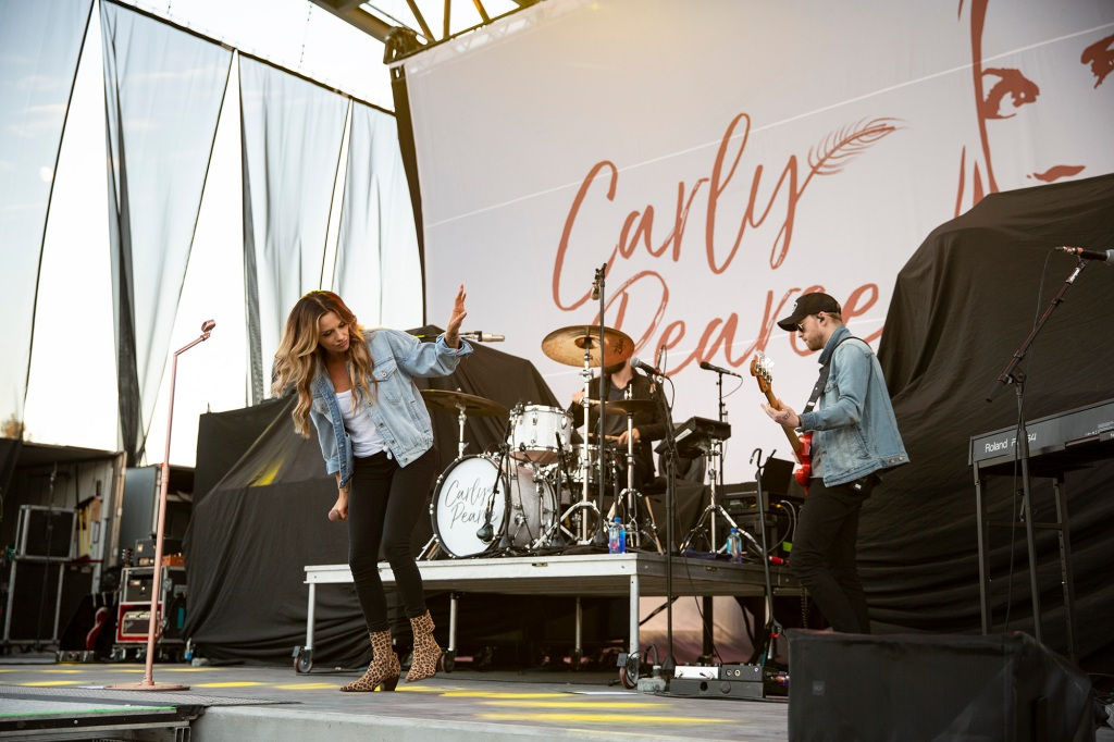 Nashville's rising country star Carly Pearce kicked Saturday off in the leopard print boots. George Clinton might be missing a pair.